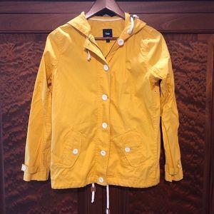 Gap small yellow jacket GUC